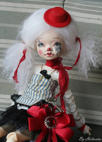 Elleki with Helliantas faceup full