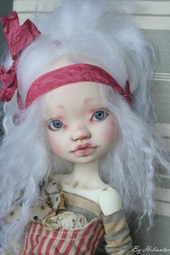 Elleki with white freckles